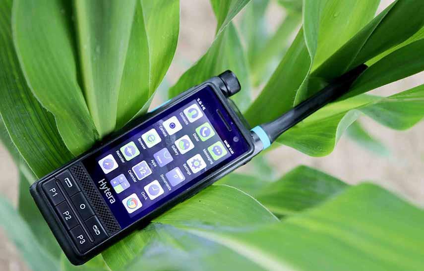 Hytera Mobilfunk PTC680 LTE-/TETRA-Multimode-Funkgeraet